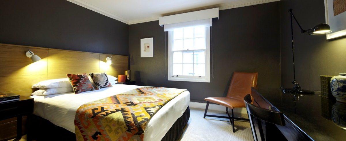 Heritage-Queen-Room-e1568187882736