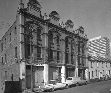 Evans-Stores-1970-385x325